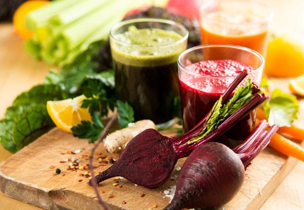 Les jus de fruits et de légumes composés uniquement de Légumes.